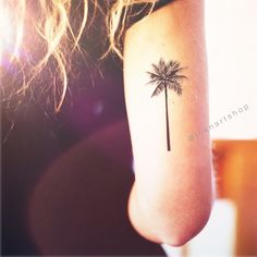 Palm Tree tattoo $5 | http://www.inknartshop.com/collections/frontpage/products/copy-of-4pcs-tiny-palm-tree-in-gold