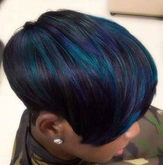 40 Ideas Beautiful Blue Ombre Colors and Styles 40 idee bellissimi colori e stili Ombre blu 40 idee Beautiful Blue idee Blue Hair che idee Blue Hair che y Ombre Hair Color, Cool Hair Color, Blue Ombre, Hair Colors, Short Hair Cuts, Short Hair Styles, Natural Hair Styles, Pixie Cuts, Ombré Hair