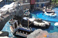8/14 | Photo de l'attraction Whale Adventures Splash Tour située à @Europa-Park (Rust) (Allemagne). Plus d'information sur notre site http://www.e-coasters.com !! Tous les meilleurs Parcs d'Attractions sur un seul site web !!