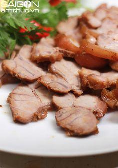 Chân giò heo kho xì dầu thơm phức cho bữa cơm chiều 1