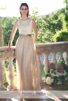 #Nuribel veste con grazia antica le donne per dare ad ogni #cerimonia un gusto particolare. Guarda tutti gli abiti su http://www.piazzadispagnasposi.it/collezioni/cerimonia-donna/nuribel-abiti/