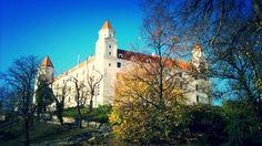 Hrad Bratislava, Notre Dame, Mansions, House Styles, Building, Travel, Home Decor, Viajes, Decoration Home