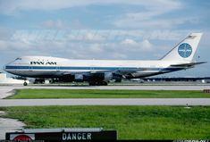 Pan American World Airways - Pan Am N739PA Boeing 747-121(A/SF)