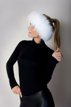 Faux Fur Vests, Winter Wear, Mittens, Turtle Neck, Canada, Hats, Sweaters, How To Wear, Fashion