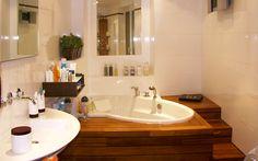 Rénovation d'une salle de bain à Paris balnéo spa bathroom par les bains et les cuisines d'alexandre et l'architecte Denis Gillet