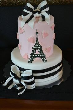 Paris cake - Client loved two totally different cakes, so I did a mash-up and made the top tier a barrel cake. GP Eiffel tower and white part of bows, fondant everything else Pretty Cakes, Cute Cakes, Beautiful Cakes, Fondant Cakes, Cupcake Cakes, Parisian Cake, Bolo Paris, Barrel Cake, Ganache Cake