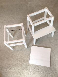 – DIY ~ learning tower for toddlers – - Babyzimmer Toddler Meals, Toddler Crafts, Tour Dapprentissage, Learning Tower Ikea, Peter Pan Bedroom, Ikea Hack Kids, Ikea Hacks, Yoga Box, Baby Staff