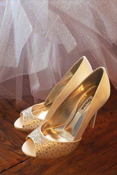 Fashion Deals, Women's Fashion, Satin Shoes, Crystal Fashion, Pumps, Heels, Open Toe, Footwear, Bridal