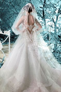 2011 – Autumn Winter | Michael Cinco Couture (wedding)