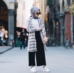 Ideas Style Hijab Casual Simple Kulot style 606156431083201769 Source by . Ideas Style Hijab Casual Simple Kulot style 606156431083201769 Source by Modern Hijab Fashion, Street Hijab Fashion, Hijab Fashion Inspiration, Trend Fashion, Muslim Fashion, Modest Fashion, Fashion Outfits, Classy Fashion, Party Fashion