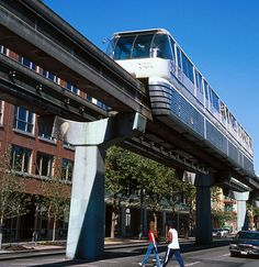 Seattle's Top 10 : Seattle Center - Monorail    Planners of the 1962 World's Fair imagined the future of mass transportation might resemble this train. The Monorail has been out of service since a train collision in 2005 and is due to reopen in mid-2007. Plans to extend the route were shelved following a public vote.