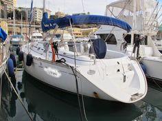 Barca a Vela DUFOUR 36 2000 - 3 Cabine 1 Bagno -  MOTORE  2X25 VOLVO Diesel Scafo bianco, Superficie velica 51.22 m2, GPS, Autopilota, Ecoscandaglio, Rollafiocco, Riscaldamento, Inverter, Tender Mercury 4hp