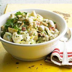 Salade van aardappel en bloemkool met yoghurtdressing