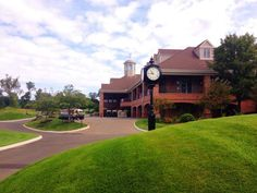 10. Monty's River Grille (Milford)