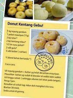 Donut kentang gebu Donut Recipes, Cake Recipes, Snack Recipes, Dessert Recipes, Cooking Recipes, Snacks, Malay Food, Ramadan Recipes, Malaysian Food