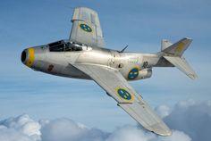 """O nome """"Tunnan"""" (""""Barril"""" não é à toa... O J29 pode alcançar 1.060 km/h (Força Aérea da Suécia)                                                                                                                                                                                 Mais"""