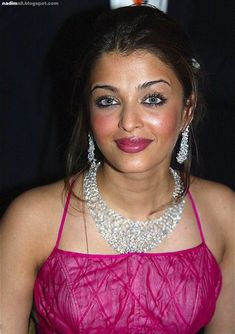 Aishwarya Rai during the opening ceremony of the International Cannes Film Festival screening of 'FanFan La Tulipe' at the Palais des Festivals on May 2003 in Cannes, France Aishwarya Rai Images, Aishwarya Rai Photo, Actress Aishwarya Rai, Bollywood Actress, Bollywood Cinema, Indian Bollywood, Raveena Tandon Hot, Parneeti Chopra, Bride And Prejudice