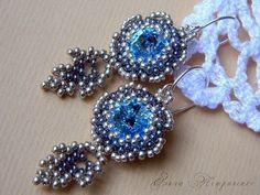 Делаем серьги из бисера и риволи. Making bead earrings and Rivoli.