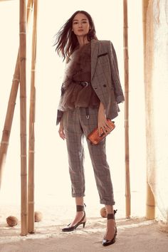Brunello Cucinelli Spring 2018 Ready-to-Wear collection, runway looks, beauty, models, and reviews.