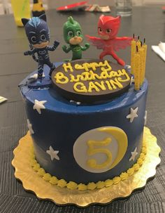 PJ Masks Birthday Cake DIY Cake Toppers and Cake from Bristol Farms - click for more PJ Masks Birthday party inspo pics!