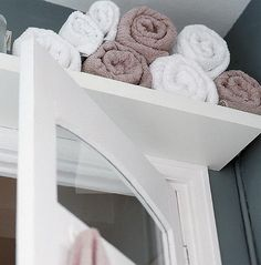... oh, over the door ... never thought of that. Bathroom Organizing Storage Ideas_21