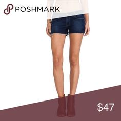 Paige Catalina shorts Frayed hem shorts 99% cotton, 1% elastane• in excellent preowned condition Paige Jeans Shorts