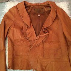 Beautiful Soft Tan Lambskin Leather. Fitted Jacket