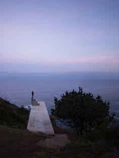 in coastal chile, pezo von ellrichshausen has completed 'loba house', a concrete structure described as 'more than a hut but less than a house'. Arch Architecture, Concrete Architecture, Contemporary Architecture, Pezo Von Ellrichshausen, Concrete Structure, Airplane View, Around The Worlds, Exterior, Landscape