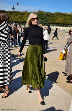 Jane Keltner de Valle, Fashion News Director of GLAMOUR... They are Wearing Chanel Granny Slingbacks by PeopleandStyles.com