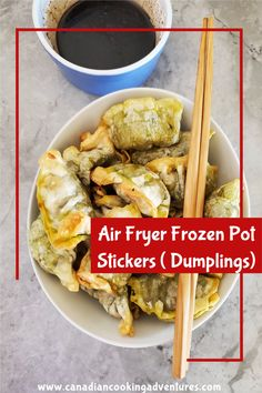 These Air Fryer Frozen Pot Stickers ( Air Fryer Dumplings) are cooked in no time. And taste just like something you would order from your local Chinese restaurant. #airfryer #potstickers #dumplings #pot #stickers #chinese #appetizer #recipe Easy Healthy Recipes, Crockpot Recipes, Soup Recipes, 30 Minute Meals, Quick Easy Meals, Asian Soup, Air Fryer Healthy, Chinese Restaurant, Air Fryer Recipes