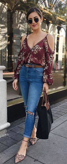 summer outfits Red Printed Cold Shoulder Top + Destroyed Skinny Jeans