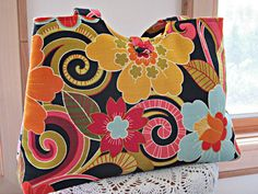 Handbag Purse Tote Shoulder Bag in Funky Flowers Vintage Button Made in the USA  #SYLink