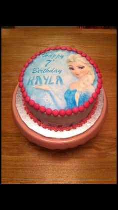 My Daughters simple yet satisfying Frozen themed Birthday Cake