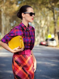 7 Tips For Mixing Prints This Summer Mélanger Les Impressions, Looks Style, Style Me, Pattern Mixing Outfits, Parisienne Chic, Look Girl, Mixing Prints, Colorful Fashion, Fashion Prints
