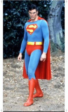 Christopher Reeve (above), from the 1978 film, made Edward Watts a fan of Superman. First Superman, Batman Y Superman, Superman Artwork, Superman And Lois Lane, Superman Family, Superman Characters, Superman Movies, Comic Book Superheroes, Dc Comics Characters