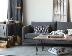 Industrial Modern: the Carine sofa Modern Sofa, Modern Furniture, Cabin Furniture, Coffee Table Structube, Dark Grey Couches, Black Sofa, Mango Wood Coffee Table, Coffee Tables, Table Cafe