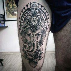 erkek üst bacak dövme modelleri man thigh tattoos 26