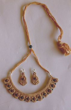 Beige Wonder Macrame Knotted Necklace Earrings Set by Mamta Motiyani, via… Macrame Colar, Macrame Earrings, Macrame Art, Macrame Jewelry, Macrame Bracelets, Cuff Bracelets, Micro Macramé, Beaded Jewelry Patterns, Macrame Patterns