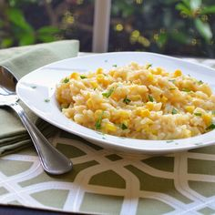 """""""Creamy risotto with sweet kernels of fresh corn made in a fraction of the time as traditional risotto, in your pressure cooker!""""Turn on a multi-functional pressure cooker (such as Instant Pot(R)) … Fresh Corn Recipes, Corn Salad Recipes, Healthy Recipes, Roasted Corn Salad, Grilled Corn Salad, Corn Risotto Recipe, Zucchini Corn Fritters, Summer Corn Salad, Sauteed Vegetables"""