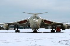 Aviation Photo Handley Page Victor - UK - Air Force Military Jets, Military Aircraft, Fighter Aircraft, Fighter Jets, Aircraft Parts, Handley Page Victor, V Force, Transporter, Aircraft Design
