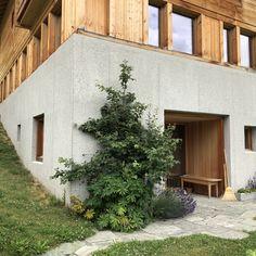 Alpine homes. Tropical Architecture, Wood Architecture, Peter Zumthor, Ox, Switzerland, Architects, Entrance, Concrete, Building