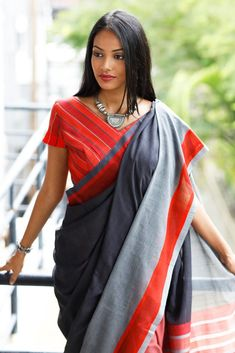 Rathu Maala Saree from FashionMarket.lk