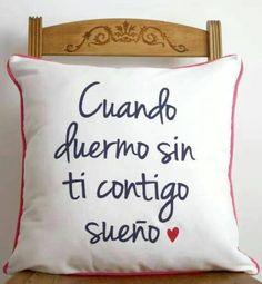 ...y cuando duermo sin ti contigo sueño #Sabina