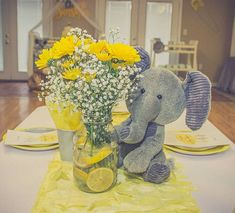 Sie sind meine Sonnenschein-Babyparty-Party-Ideen – # You Are My Sunshine Baby Shower Party Ideas – # Fiesta Baby Shower, Baby Shower Yellow, Baby Girl Shower Themes, Baby Shower Decorations For Boys, Baby Shower Fun, Shower Party, Shower Games, Elephant Baby Shower Centerpieces, Table Decorations