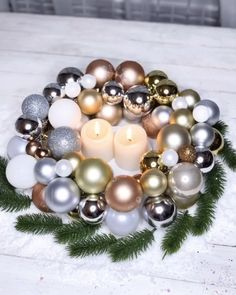 It& almost that time of the year, so let& get creative with Christmas decorations😉This candle holder is one great example for this! Diy Christmas Ornaments, Christmas Wreaths, Christmas Decorations, Diy Candle Holders, Diy Candles, Ideas Decoracion Navidad, Homemade Wreaths, Balloon Decorations Party, Dollar Tree Crafts