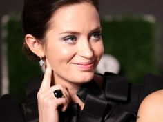 Emily Blunt wearing David Yurman.