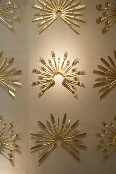 Being entrusted in the design of a new restaurant in the Madrid neighborhood of Salamanca for a team of prestigious restauranteurs is a challenge. Diy Wall Art, Diy Wall Decor, Diy Home Decor, Room Decor, Deco Restaurant, Restaurant Interior Design, Restaurant Lounge, Metal Walls, Metal Wall Art