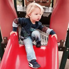In a sweet new Instagram image, proud mama Jessica Simpson posted a photo of her son Ace Knute, 21 months.