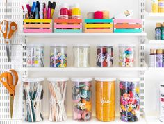 Easy DIY Colorful Home Organization Ideas Tidy up your office, craft room or classroom using these simple DIY techniques! You can add a pop of color to your space with these easy DIY home organization ideas. Craft Room Storage, Jar Storage, Craft Organization, Storage Containers, Craft Room Design, Easy Diy, Simple Diy, Getting Organized, House Colors