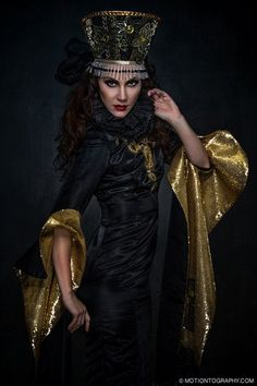 #motiontography # photography #JenkasFashion #couture #Russian #Luzhina #kokoshnik #renaissance #costumes #couture